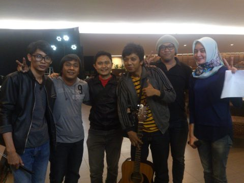 Acara Wika beton Artis Wayang band